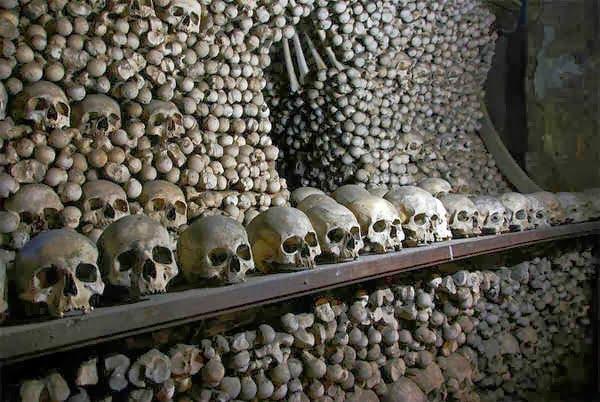 Sedlec Ossuary, Hindi, History, Story, Kahani, Itihas, Information, Janakri,