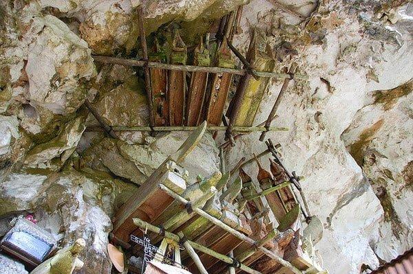 Hanging Coffins Of Indonesia At Sulawesi,Hindi, History, Story, Information, Itihas, Janakri,