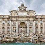ट्रेवी फाउंटेन – रोम – जिसमे टूरिस्ट डालते हैं 9 करोड़ रुपए सालाना
