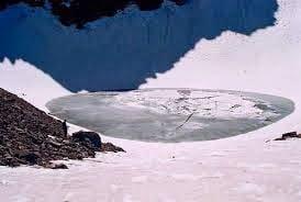 Roopkund Skeleton Lake History & Story In Hindi, Kahani, Itihas, Information, Janakri,