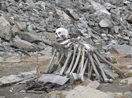 Roopkund Skeleton Lake History & Story In Hindi