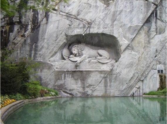 Dying Lion of Lucerne: Lucerne, Switzerland, History, Story, Kahani, Itihas, Information, Hindi