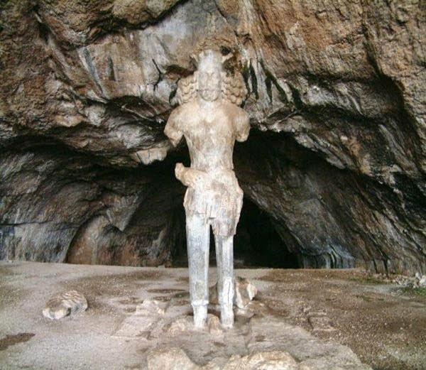 Colossal Statue of Shapur I: Iran, History, Story, Kahani, Itihas, Information, Hindi