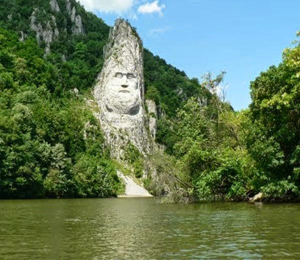 Statue of Decebalus: Orsova, Romania , History, Story, Kahani, Itihas, Information, Hindi