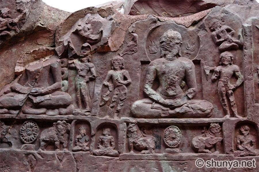 Jain Tirthankaras rock sculpture on Son bhandar cave's wall