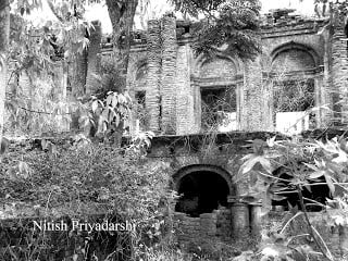 Cursed fort of King Jagatpal Singh : Story, History & Information in Hindi