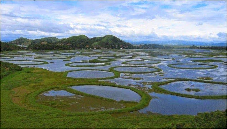 Loktak Lake - Imphal - World's Only Floting Lake, Story & History in Hindi