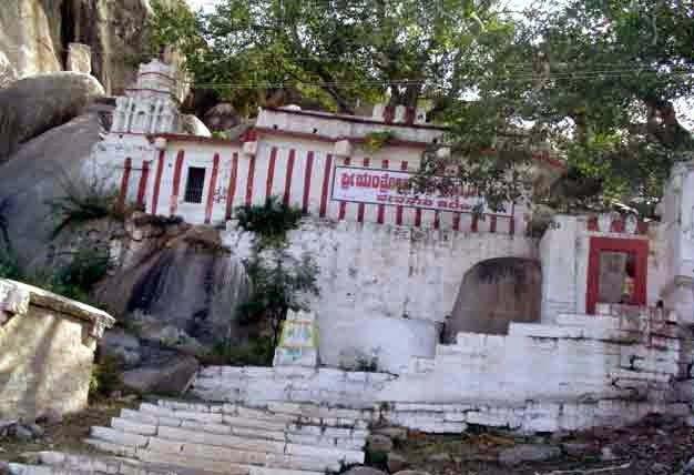 Yantrodharaka Anjaneya Hanuman Temple