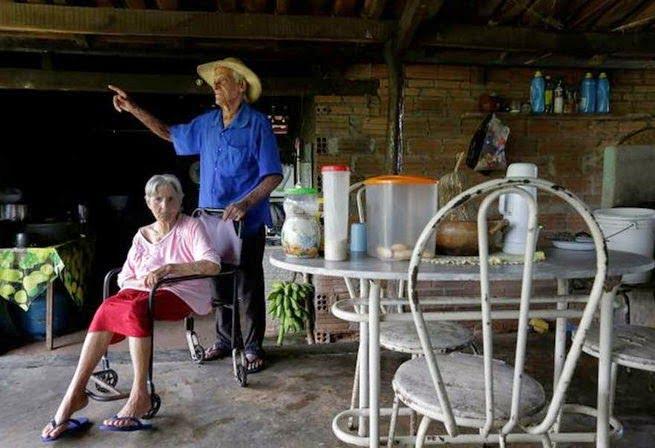 Brazilian Village Araras Melting Skin Disease