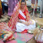अन्धविश्वास – प्रेत बाधा हटाने के नाम पर करवाते है लड़की की कुत्ते से शादी