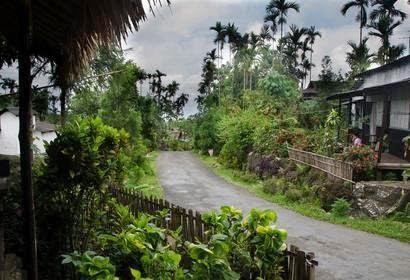 Mawlynnong Village, Meghalaya : God's Own Garden
