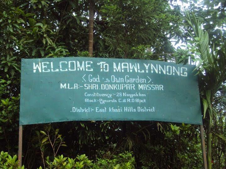 Mawlynnong Village, Meghalaya Story in Hindi