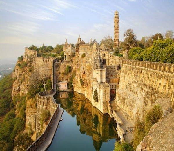 Chittorgarh Fort, Rajasthan, History, Story & Information in Hindi