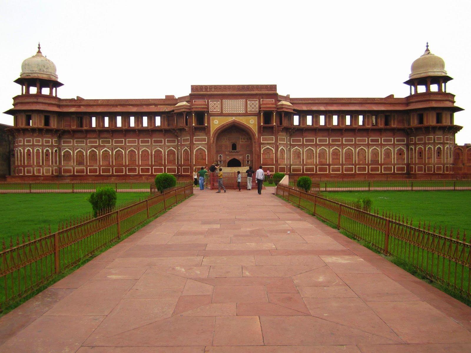 Lal Qila, Agra, History, Story & Information in Hindi