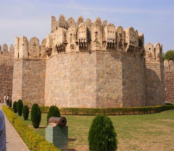Golconda Fort. Hyderabad, History, Story & Information in Hindi
