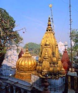 The Golden Temple of Vishwanath, holiest temple in Varanasi, entry forbidden to non-Hindus, Uttar Pradesh, India