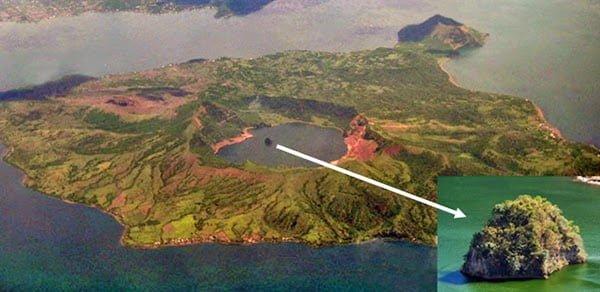 Vulcan Island History, Story & Information in Hindi