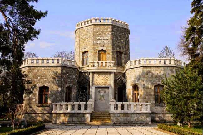 Iulia Hasdeu Castle, Romania History & Story in Hindi