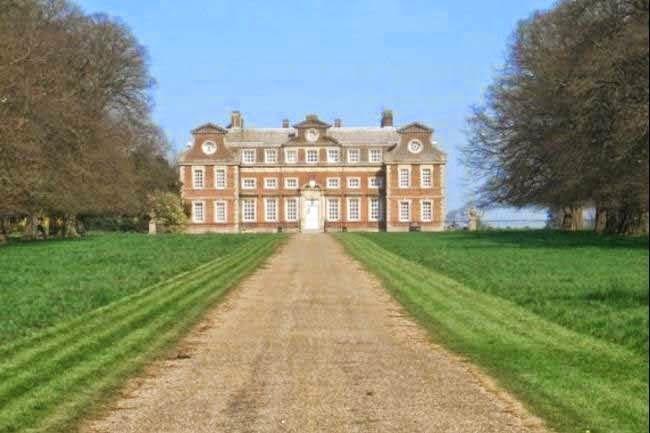 Raynham Hall, United Kingdom History & Story in Hindi