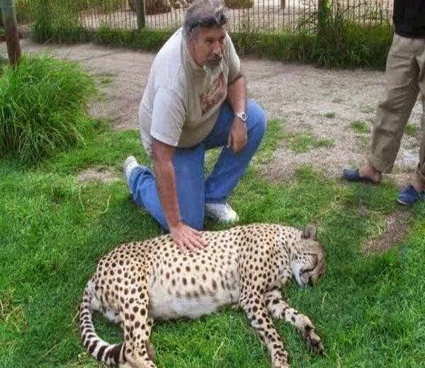 Lujan Zoo - Argentina Story in Hindi