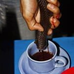 यहाँ के लोग पीते है ज़हरीले कोबरा का खून : These people drink snake blood