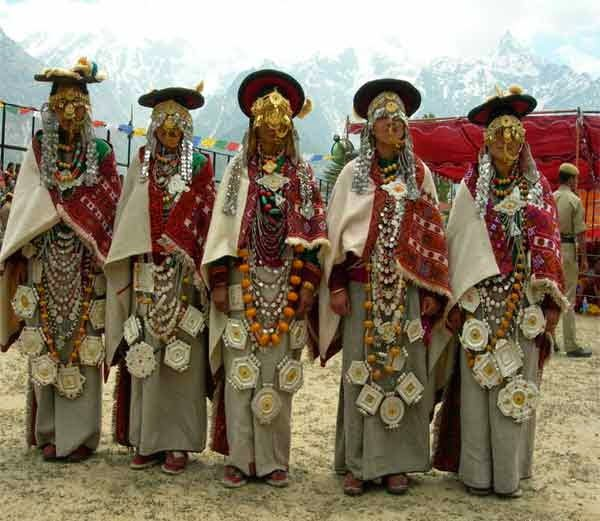 Polyandry Marriage Tradition of Kinnaur, Himachal, India History in Hindi