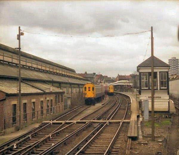 Addiscombe Railway Station, England, Hindi, Real, True, Sacchi, Histroy, Story, Kahani, Haunted, Ghostly, Railway Station, Train Station,