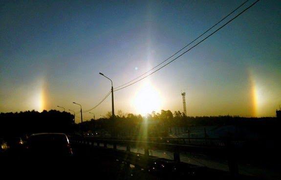 Amazing Incident - Three Sun in Sky Hindi