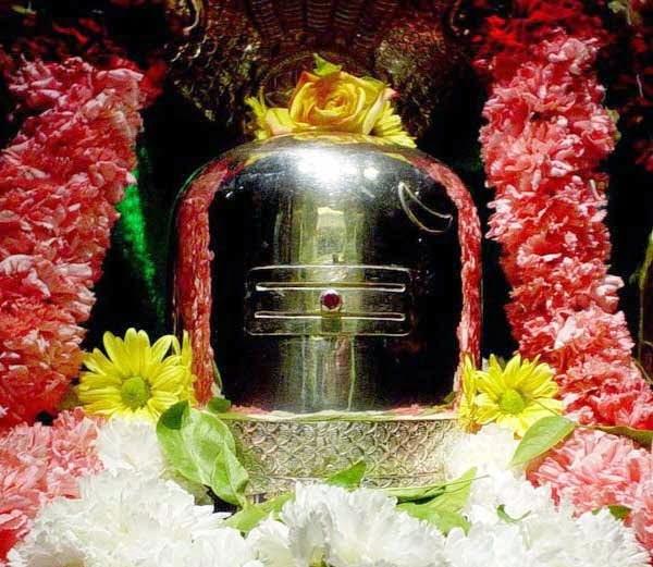 Shivpuran gyan- Bhagwan Shiv ko kaunsi cheez arpit karne se milta hai kya phal