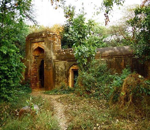 Bhuli Bhatiyari ka Mahal Story & History in Hindi