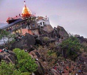 Maa Bamleshwari Temple History in Hindi