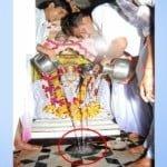 दैवीय चमत्कार- 50 लाख लीटर पानी से भी नहीं भरा शीतला माता के मंदिर में स्तिथ ये छोटा सा घडा़, वैज्ञानिक भी हैरान