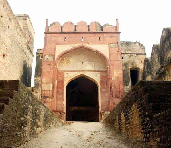 Khooni darwaza, Ater fort Bhind Madhya Pradesh