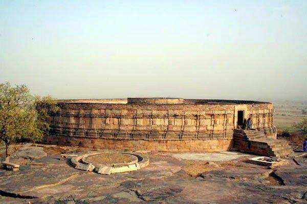 Chasuth Yogini Mandir Morena- Story & History in Hindi