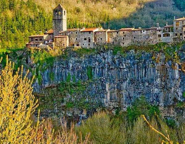 Village Based On Rock- castellfollit de la roka