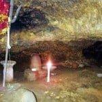 मंढीप बाबा (Mandheep Baba Shivling)- इस स्वयंभू शिवलिंग दर्शन के लिए पार करनी पड़ती है एक ही नदी 16 बार, साल में एक बार होते है दर्शन