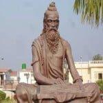 20 World Famous Yoga Gurus (योग गुरु) – जिन्होंने दिलाई योग को एक नई पहचान