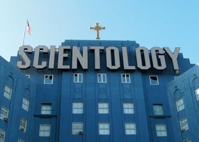 Scientology- A mysterious religion, History in Hindi