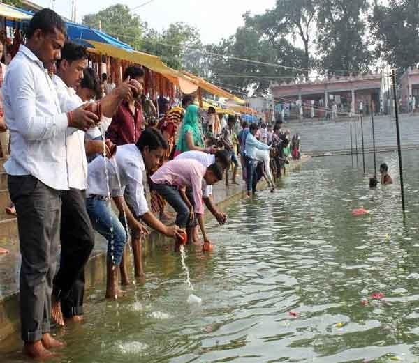 Baba Tameshwar Nath Dham Tempel Khalilabad Story in Hindi