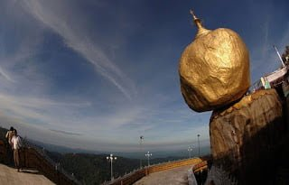 The Golden Rock Kyaiktiyo Pagoda Myanmar History in Hindi