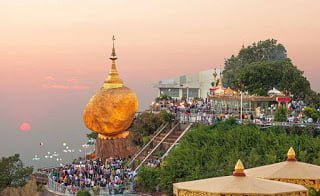 The Golden Rock Kyaiktiyo Pagoda Burma Complete Information in Hindi