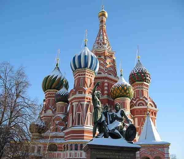 Most Famous & Beautiful Churches in World - History in Hindi