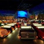 अनोखे सिनेमा हॉल (Amazing Cinema Halls) – कही लेट कर तो कही नहाते हुए आप ले सकते है फिल्म का मज़ा
