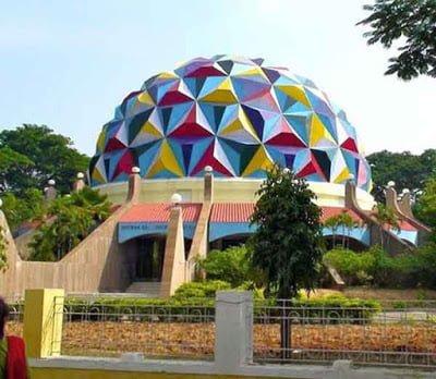 Sri Sathya Sai Space Theatre, Hindi, History, Information, Story, Kahani, Jankari, Itihas,