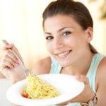 भूल कर भी खालीपेट नहीं खानी चाहिए ये 10 चीजें