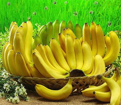 Health Benefits of eating banana daily