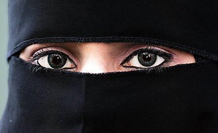 Most Cruel Wives Stories in Hindi - Saudi Arabian Woman ki kahnai