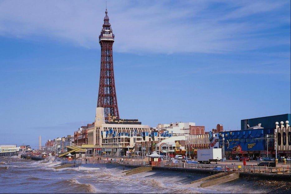 Blackpool Tower, England,Top Most Terrifying Places In The World, Hindi, Information, Jankari, Story, History, Kahani, Itihas, Dangerous, Darawna,