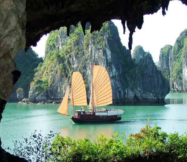 Cat ba Bay restaurant Vietnam, Hindi, Information, Janakri, Story, History,
