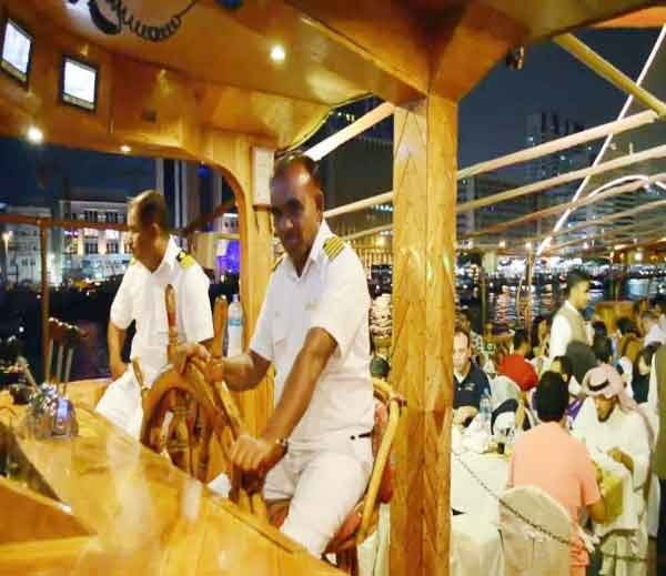 Rustar dhow floating restaurant, Dubai, Hindi, Information, Janakri, Story, History,